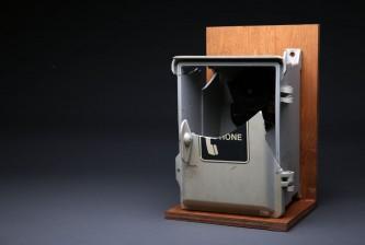 dugout-phone-1